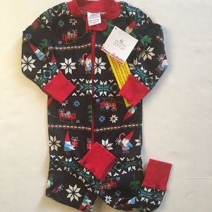 Hanna Holiday Pajamas